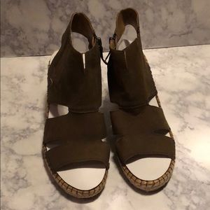Franco Sarto •  Nola Wedge Sandal